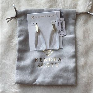 NWT- Kendra Scott Earrings